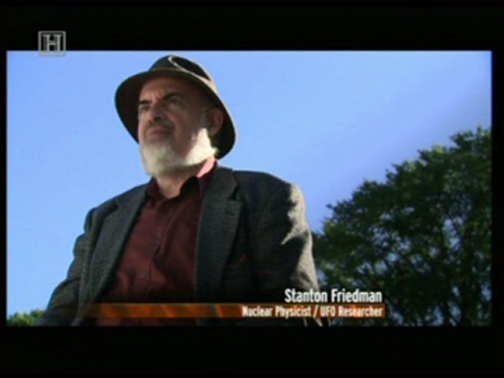 Stanton Friedman in an episode of UFO Files.